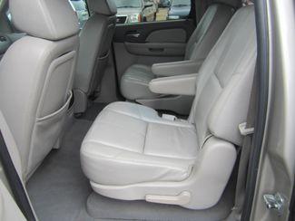 2008 Chevrolet Suburban LT w/3LT Batesville, Mississippi 33