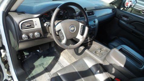 2008 Chevrolet Suburban Z71 4x4 Leather Sunroof Clean Carfax We Finance   Canton, Ohio   Ohio Auto Warehouse LLC in Canton, Ohio