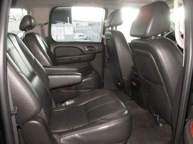 2008 Chevrolet Suburban LT w/3LT Gardena, California 11