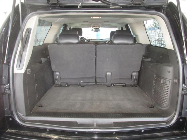 2008 Chevrolet Suburban LT w/3LT Gardena, California 10