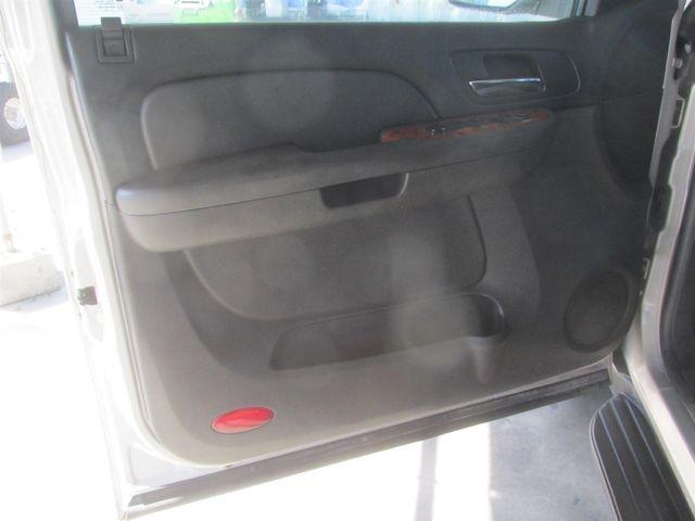 2008 Chevrolet Suburban LT w/1LT Gardena, California 8