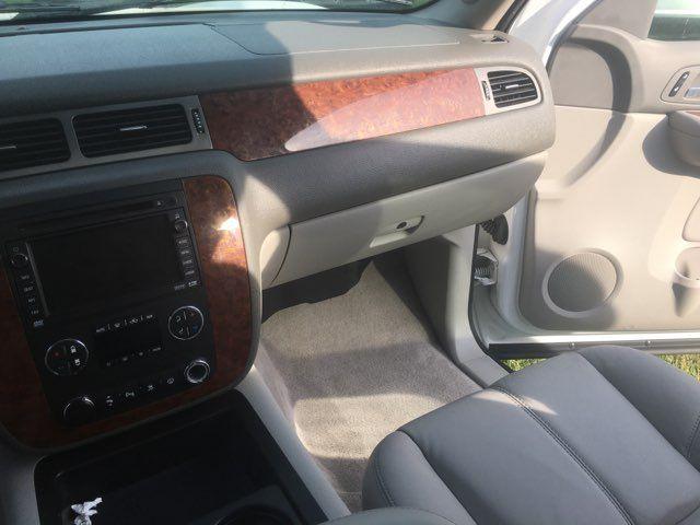 2008 Chevrolet Suburban LT w/3LT Houston, TX 32