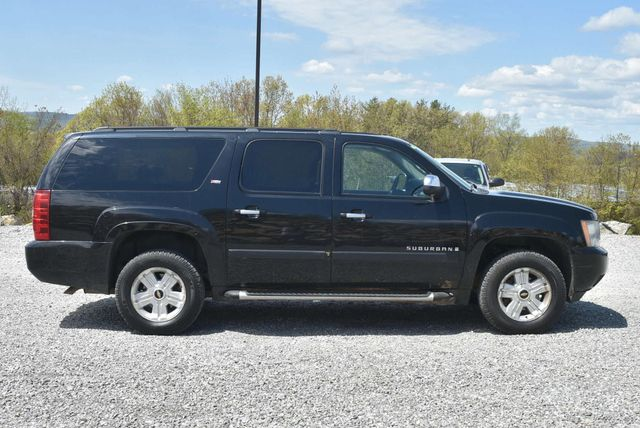 2008 Chevrolet Suburban LT Naugatuck, Connecticut 5