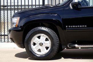 2008 Chevrolet Suburban LT * 4x4 * Z-71 * DVD * Sunroof * NAVI * BOSE *3LT Plano, Texas 32