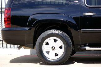 2008 Chevrolet Suburban LT * 4x4 * Z-71 * DVD * Sunroof * NAVI * BOSE *3LT Plano, Texas 30