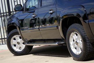 2008 Chevrolet Suburban LT * 4x4 * Z-71 * DVD * Sunroof * NAVI * BOSE *3LT Plano, Texas 27