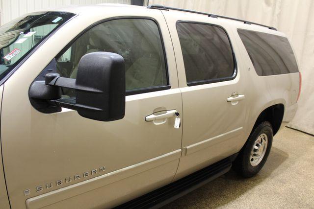 2008 Chevrolet Suburban 2500 LT w/1LT in Roscoe, IL 61073