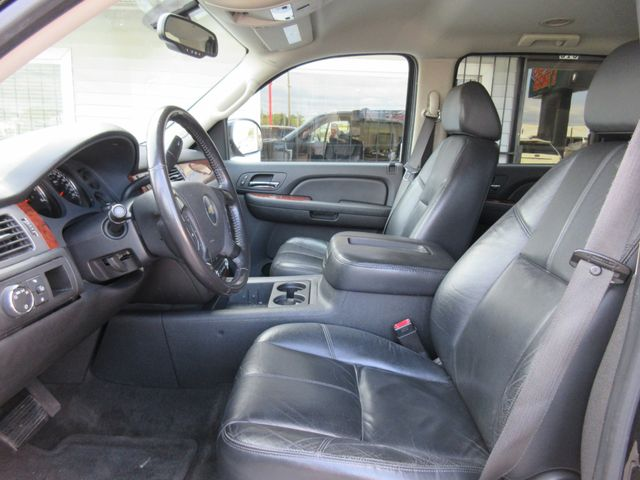 2008 Chevrolet Suburban, PRICE SHOWN IS THE DOWN PAYMENT south houston, TX 5