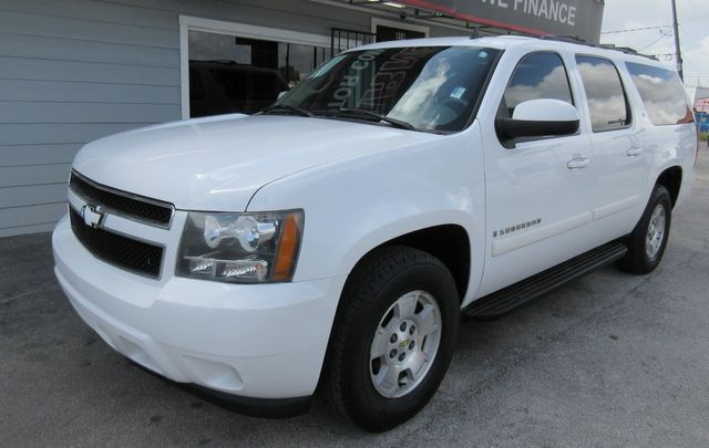 2008 Chevrolet Suburban LT w/3LT south houston, TX 1