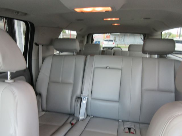 2008 Chevrolet Suburban LT w/3LT south houston, TX 8