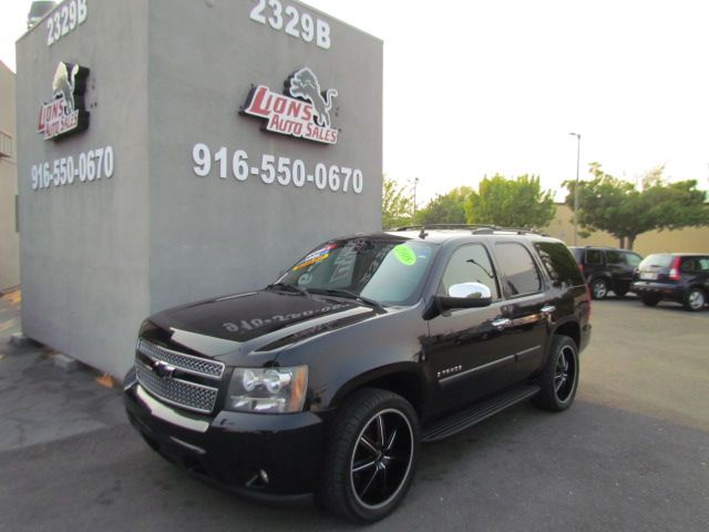 2008 Chevrolet Tahoe LTZ Sharp / Cleran
