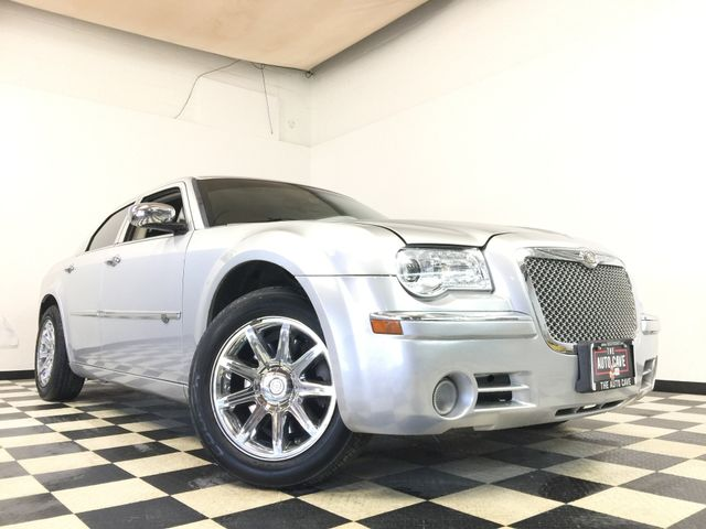 2008 Chrysler 300 *Get APPROVED in Minutes* | The Auto Cave in Addison