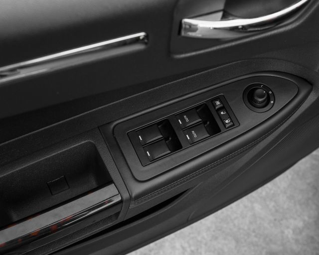 2008 Chrysler 300 C Hemi Burbank, CA 19