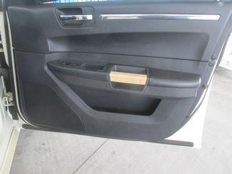 2008 Chrysler 300 Limited Gardena, California 13