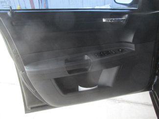 2008 Chrysler 300 LX Gardena, California 9