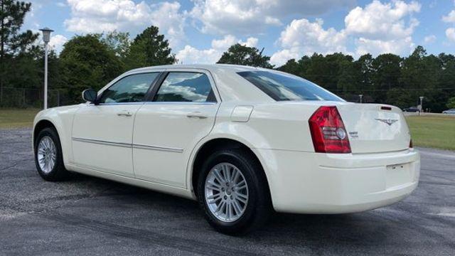 2008 Chrysler 300 LX in Hope Mills, NC 28348