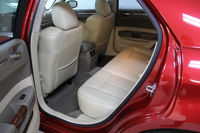 2008 Chrysler 300 C Hemi Richmond, Virginia 12