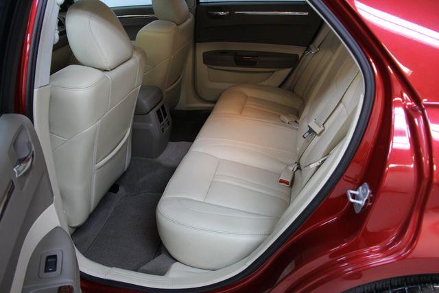 2008 Chrysler 300 C Hemi Richmond, Virginia 13