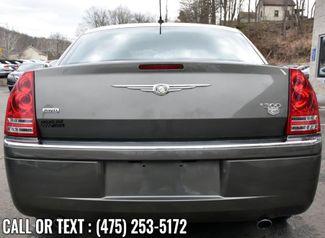 2008 Chrysler 300 C Waterbury, Connecticut 3
