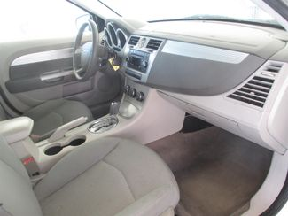 2008 Chrysler Sebring Touring Gardena, California 8