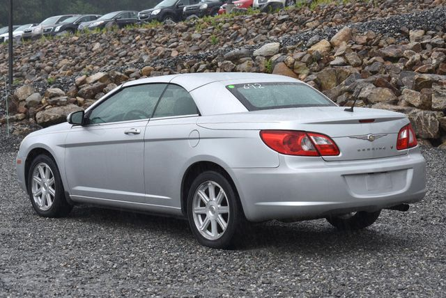 2008 Chrysler Sebring Touring Naugatuck, Connecticut 2