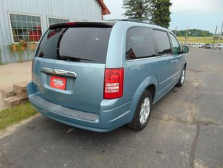 2008 Chrysler Town & Country Touring Alexandria, Minnesota 4