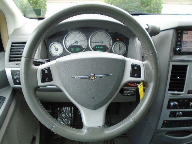 2008 Chrysler Town & Country Touring in Alpharetta, GA 30004