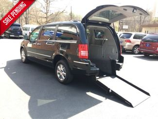 2008 Chrysler Town & Country Limited Handicap Accessible Wheelchair Van Dallas, Georgia