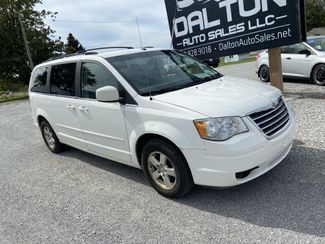 2008 Chrysler Town & Country Touring in Dalton, OH 44618