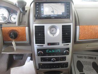 2008 Chrysler Town & Country Limited Gardena, California 6