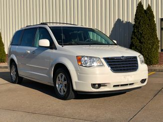 2008 Chrysler Town & Country Touring in Jackson, MO 63755
