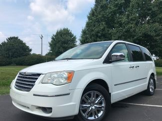 2008 Chrysler Town & Country Limited in Leesburg Virginia, 20175