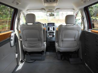 2008 Chrysler Town & Country Limited Wheelchair Van Handicap Ramp Van Pinellas Park, Florida 6