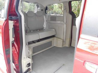 2008 Chrysler Town & Country Limited Wheelchair Van Handicap Ramp Van Pinellas Park, Florida 9
