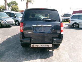 2008 Chrysler Town & Country Lx Wheelchair Van Handicap Ramp Van DEPOSIT Pinellas Park, Florida 3