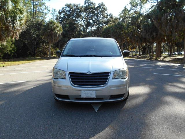 2008 Chrysler Town & Country Lx Wheelchair Van Pinellas Park, Florida 3