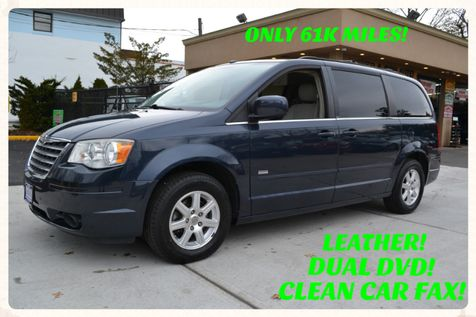 2008 Chrysler Town & Country Touring in Lynbrook, New