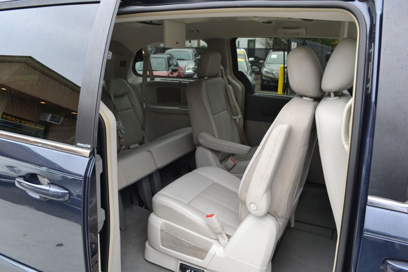 2008 Chrysler Town  Country Touring  city New  Father  Son Auto Corp   in Lynbrook, New