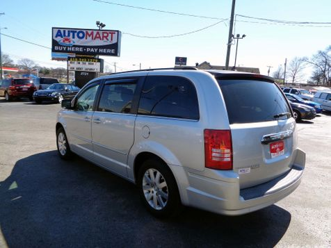 2008 Chrysler Town & Country Touring | Nashville, Tennessee | Auto Mart Used Cars Inc. in Nashville, Tennessee