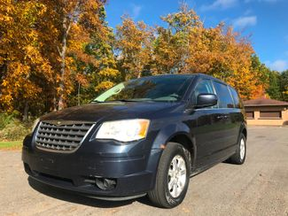 2008 Chrysler Town & Country Touring in , Ohio 44266