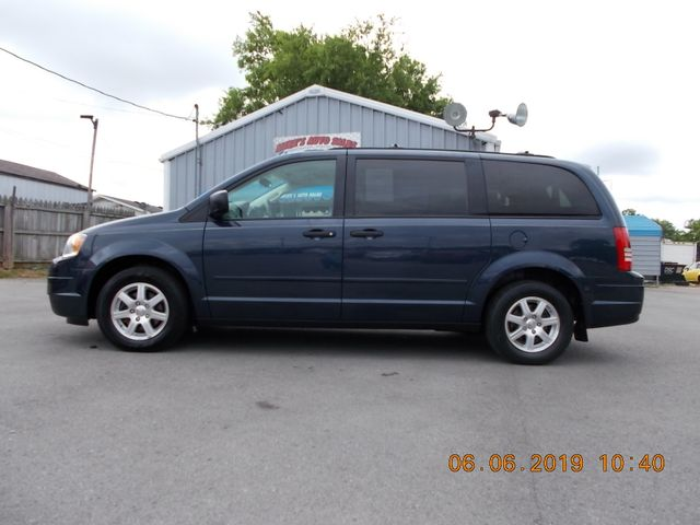 2008 Chrysler Town & Country LX Shelbyville, TN 1