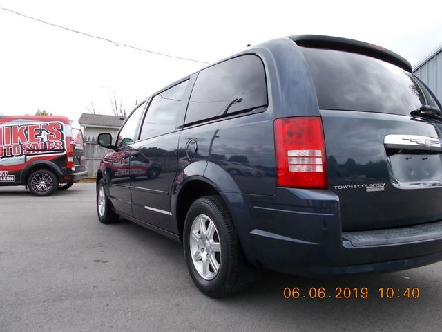 2008 Chrysler Town & Country LX Shelbyville, TN 3