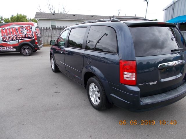2008 Chrysler Town & Country LX Shelbyville, TN 4