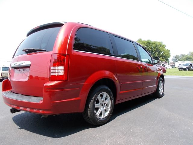 2008 Chrysler Town & Country Touring Shelbyville, TN 11
