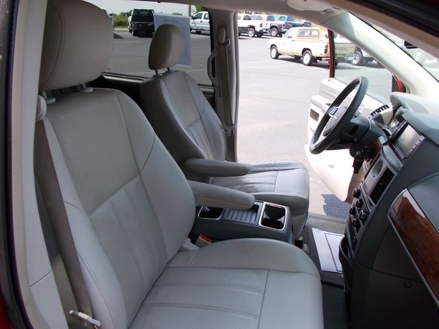 2008 Chrysler Town & Country Touring Shelbyville, TN 19