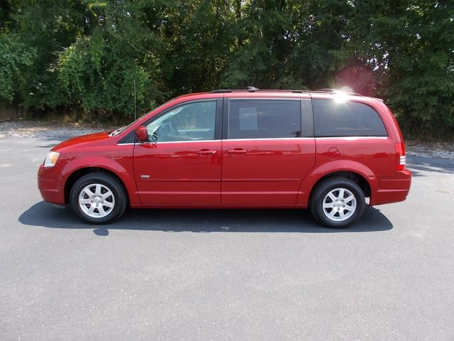 2008 Chrysler Town & Country Touring Shelbyville, TN 2