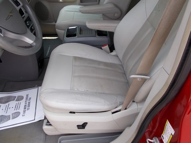 2008 Chrysler Town & Country Touring Shelbyville, TN 26