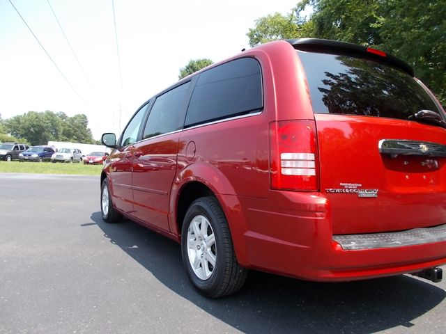 2008 Chrysler Town & Country Touring Shelbyville, TN 3