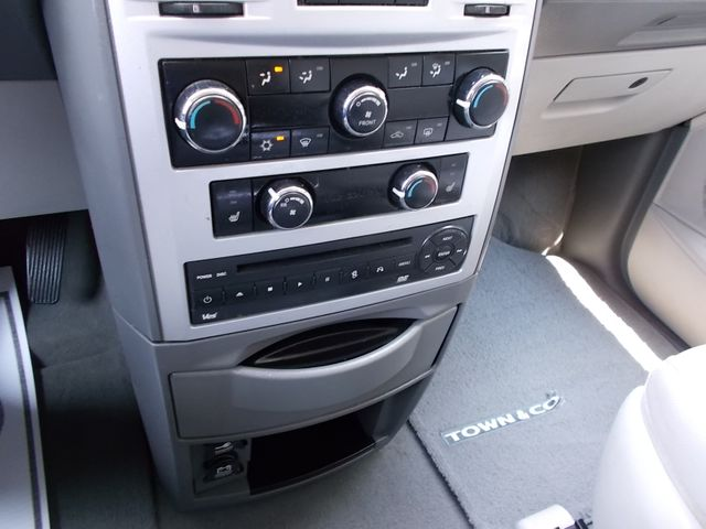 2008 Chrysler Town & Country Touring Shelbyville, TN 31