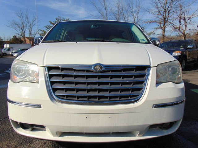 2008 Chrysler Town & Country Limited in Sterling, VA 20166